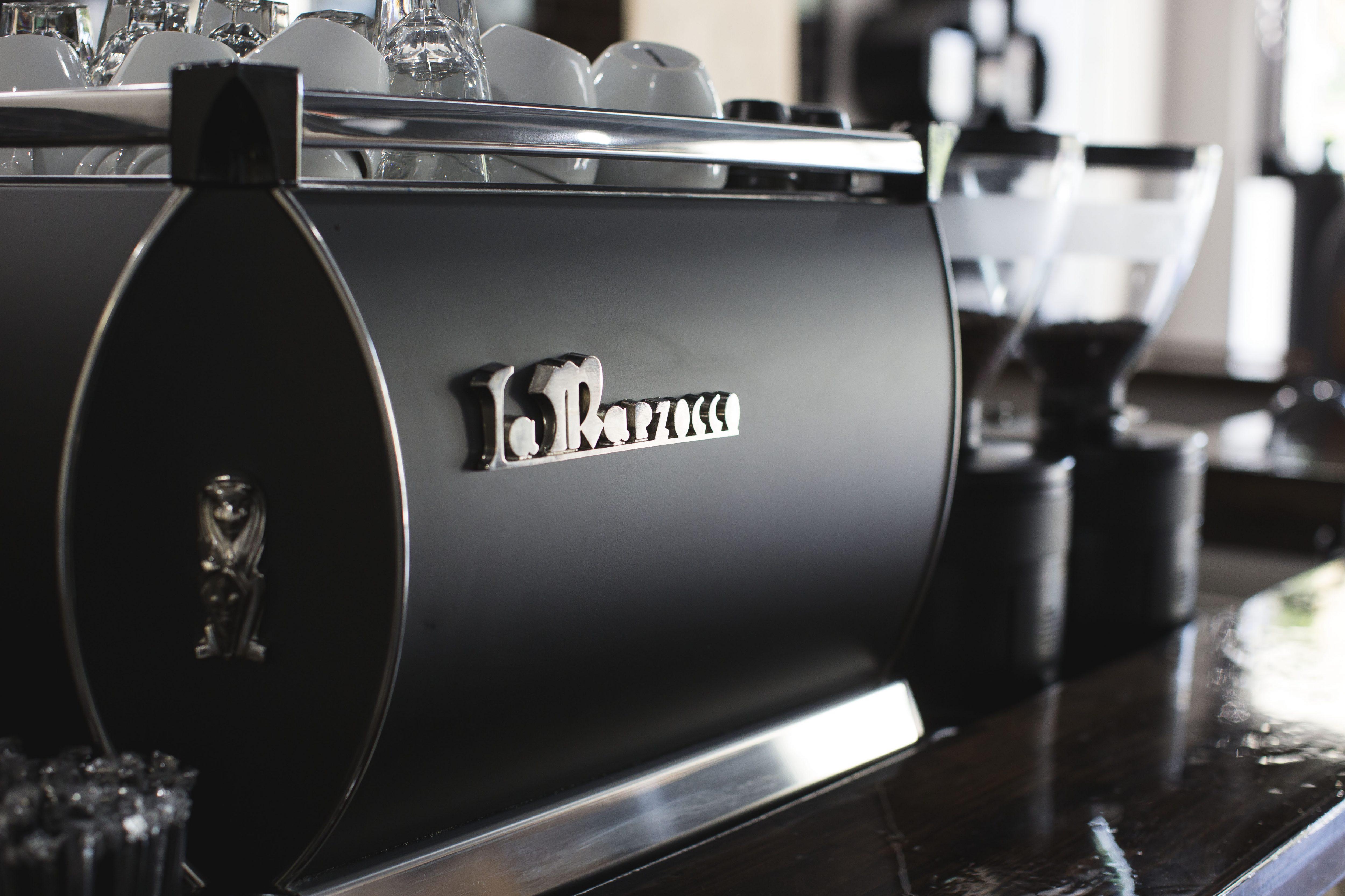 black gb5 machine à espresso